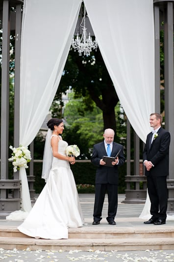 outdoor wedding ceremony at arlington hall at lee park in dallas texas