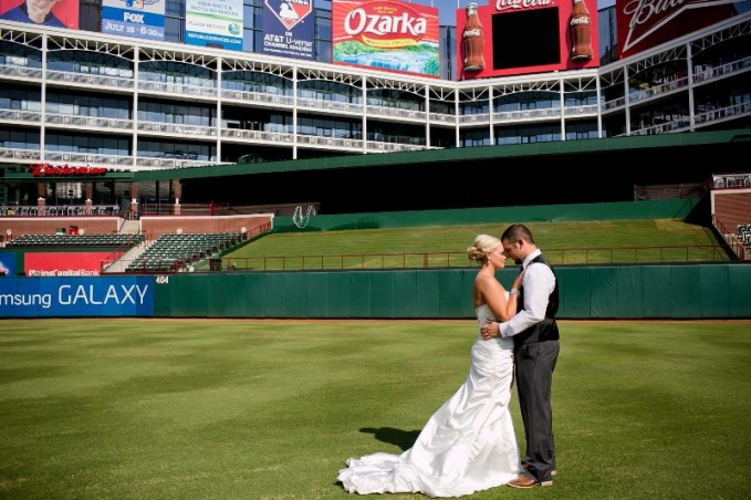 texas rangers ballpark wedding by dallas wedding photographer