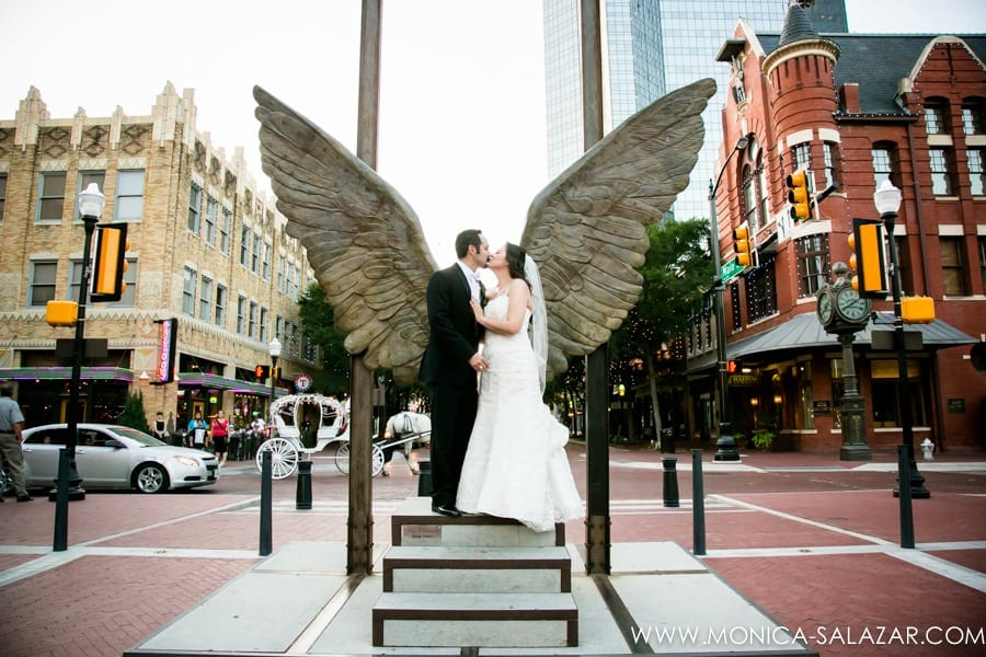 Wedding Photography Ft Worth: Fort Worth Wedding Photography {Gabe + Leticia}